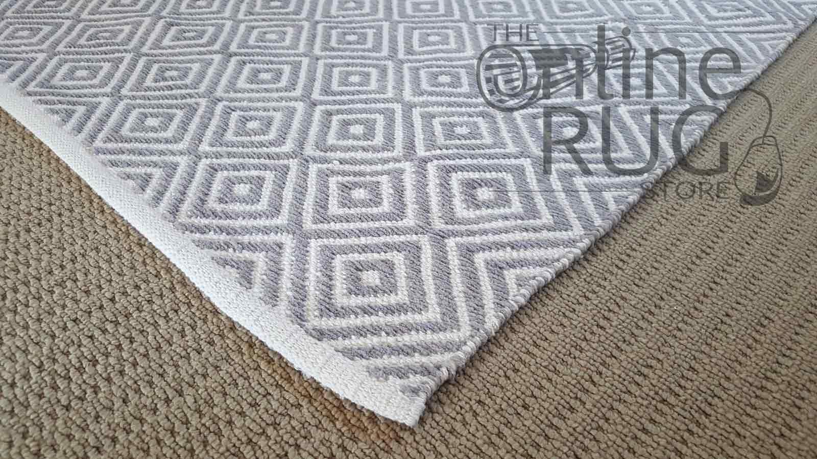 Hampton Diamond Grey White