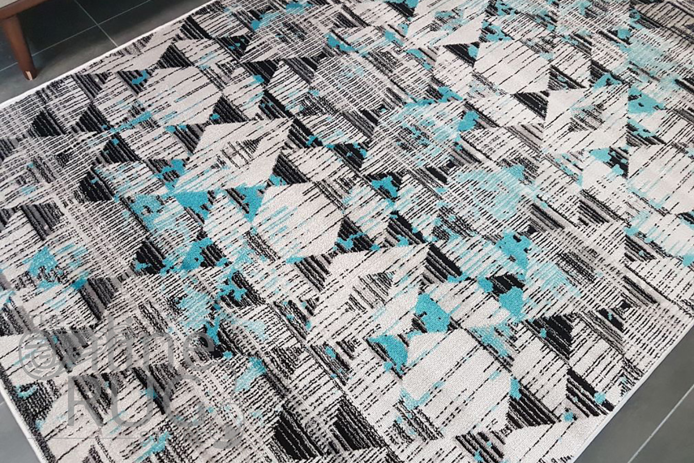 Freedom Grey Blue Geometric Diamond Pattern Rug