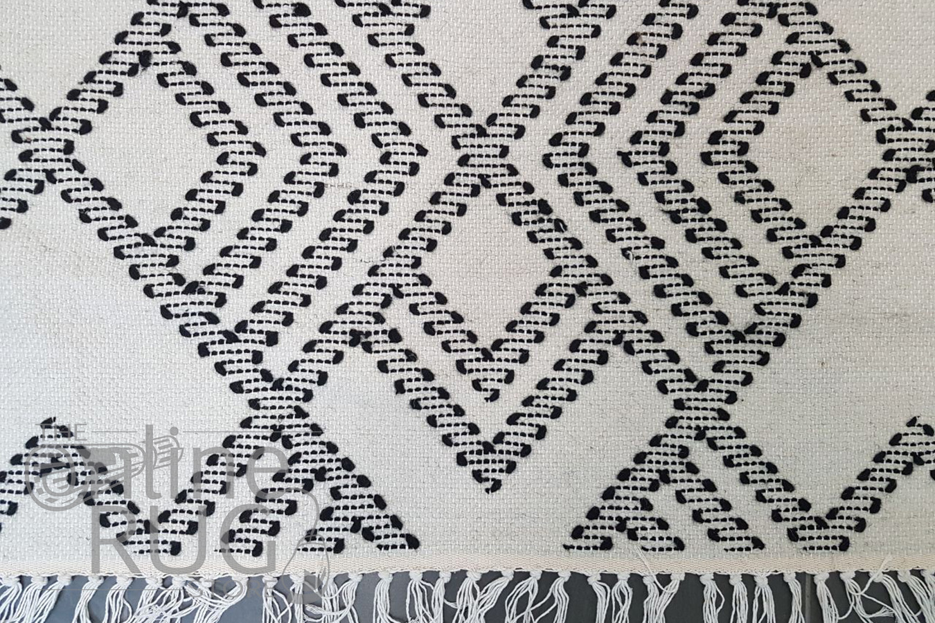 Bohemian White Hand-Loomed Textured Rug