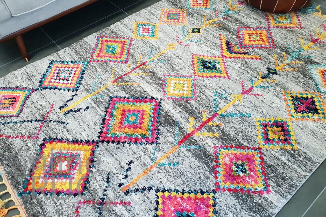 Karsha Grey Multi Coloured Tribal Diamond Rug