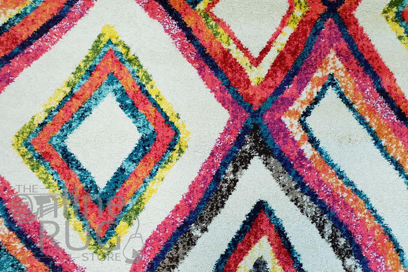 Karsha Cream Pink Geometric Diamond Rug