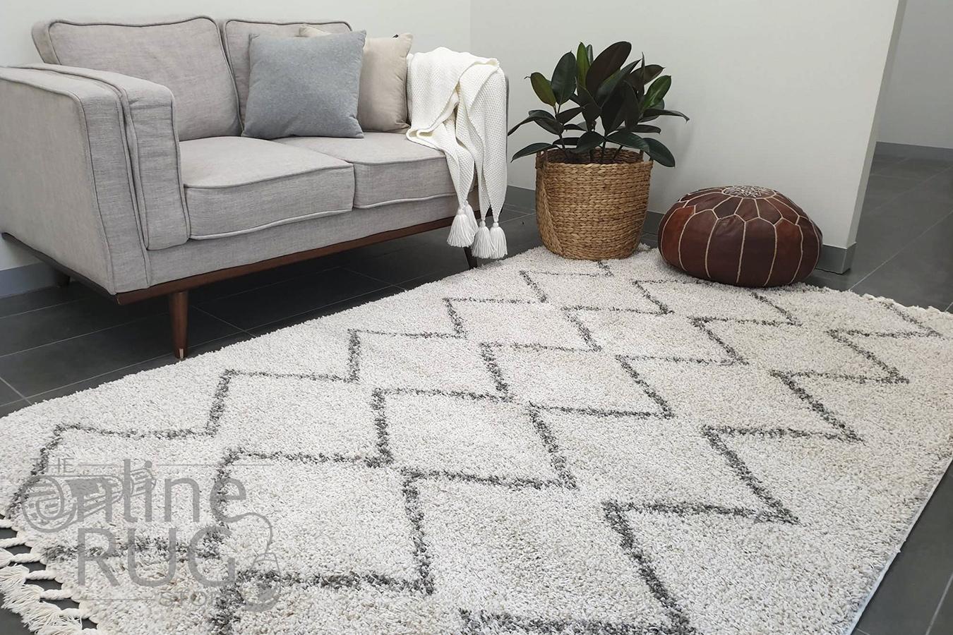 Saffia Natural Zigzag Plush Boho Rug