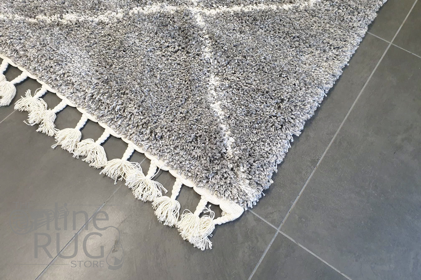Saffia Silver Diamonds Plush Boho Rug