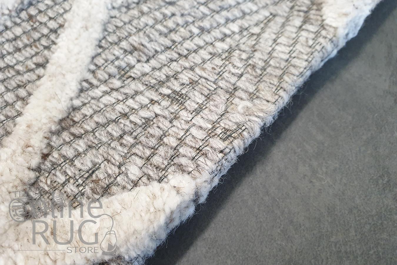 Visage Cream Geometric Diamond Pattern Rug