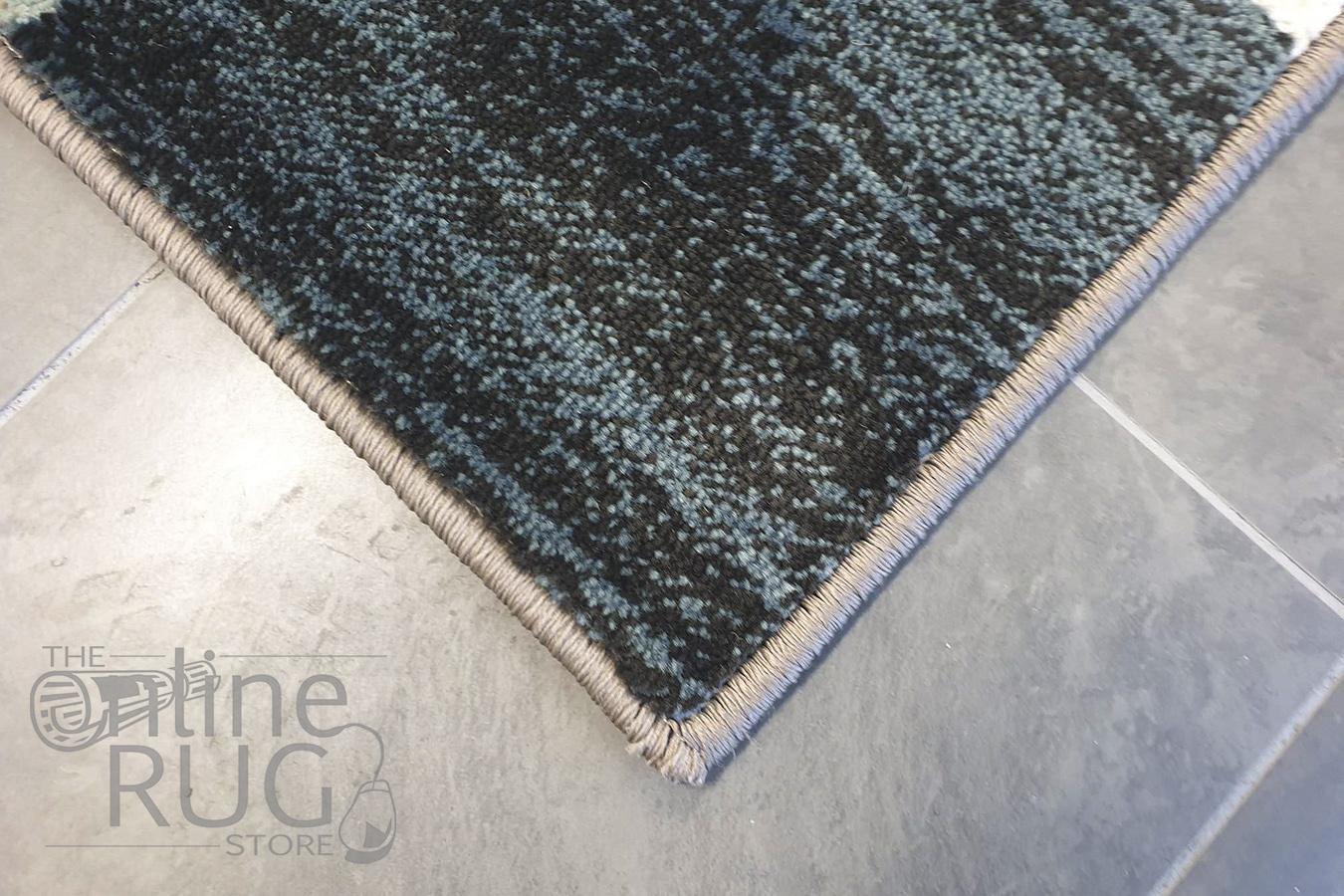 Raffy Blue Ivory Checkered Pattern Rug