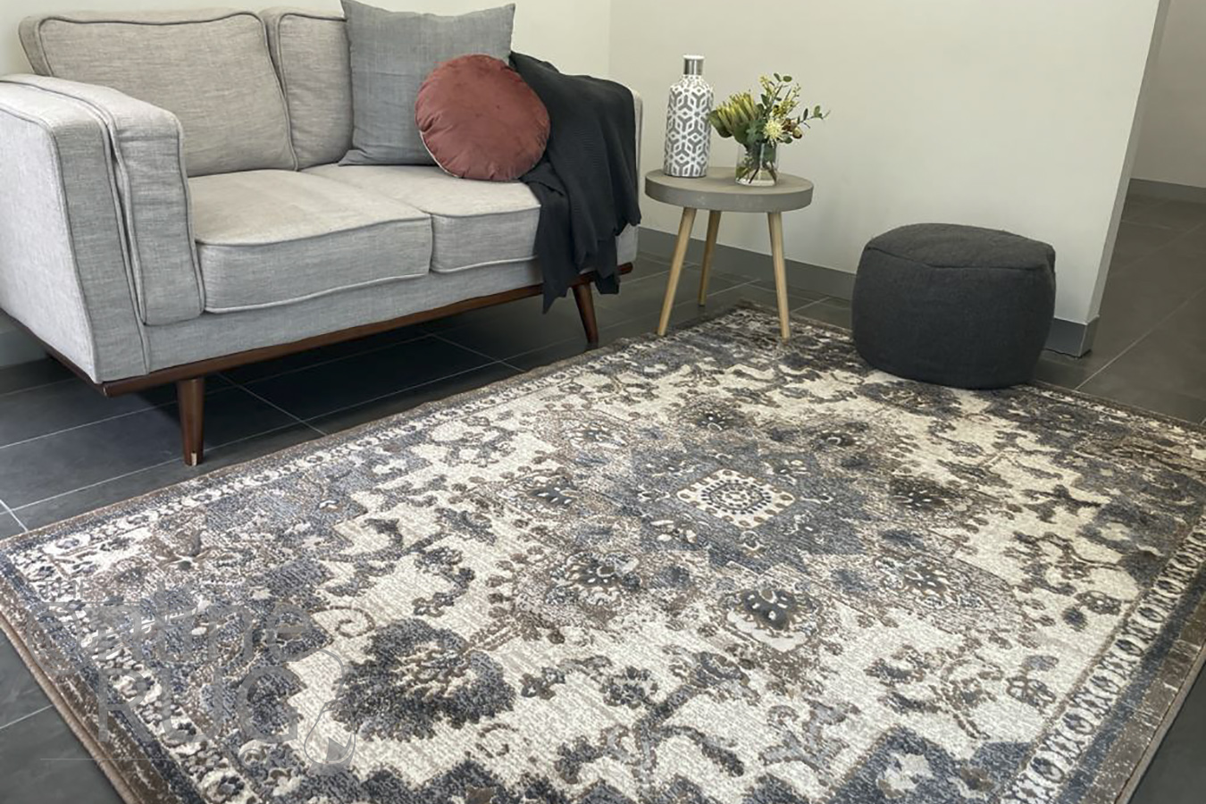 Camilla Cream Grey Medallion Pattern Rug